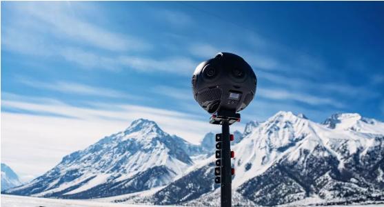 VR 团队使用 Titan 全景拍摄